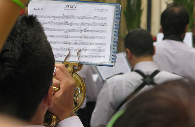 cefalu, sicily, marching band, frottola
